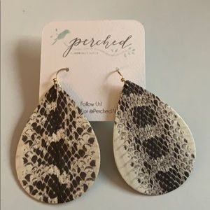 Jewelry - Snake Print Earrings NWT